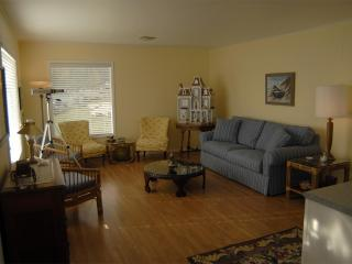 Cozy House with Internet Access and Dishwasher - Lummi Island vacation rentals