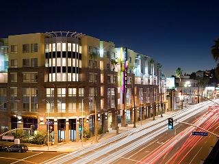 Amazing Sunset Strip Apartment - Los Angeles vacation rentals