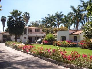 Ajijic Casita B at Lake Chapala - Ajijic vacation rentals