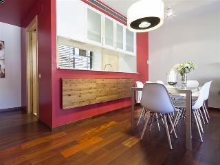 Garden Atic 5 apartment - Barcelona vacation rentals