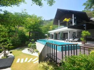 Villa Patong - Modern Super Villa. A tropical oasis ! - Patong vacation rentals