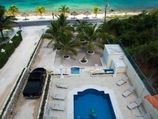 Las Uvas II:  One bedroom in Paradise! - Cozumel vacation rentals
