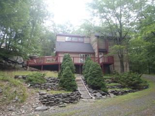 Beautiful Pocono Vacation Home - Bushkill vacation rentals