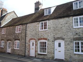 Dragon's Den - Stone Cottage in Dorchester, Dorset - Dorchester vacation rentals