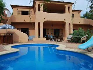 Large country home, 5 beds, 4 baths, private pool - Jimena de la Frontera vacation rentals