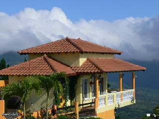 SPECTACULAR OCEAN AND MOUNTAIN VIEWS @ Villa Bowes - Sora vacation rentals