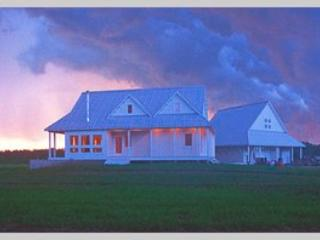 Approaching Storm - Little Sugar River Farm - New Glarus - rentals