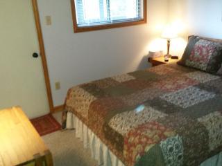 2 bedroom Condo with Deck in Claysburg - Claysburg vacation rentals