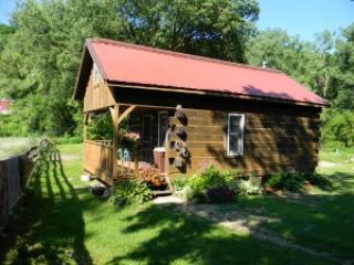 Llaughing Llama Farm : Pajama Llama Cabin - Boscobel vacation rentals