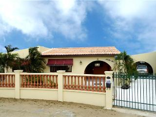 Beautiful vacation home at Piedra Plat - Aruba vacation rentals
