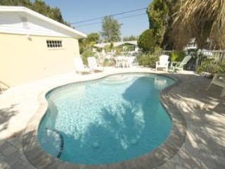 Cozy Anna Maria House rental with Internet Access - Anna Maria vacation rentals