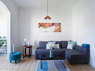 Modern style apartment near España Square!! - Barcelona vacation rentals
