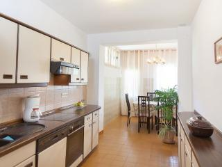Comfortable 4 bedroom Condo in Podgora - Podgora vacation rentals