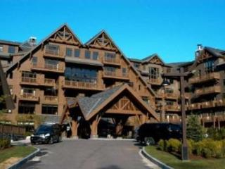 Slopeside at Stowe Mountain Resort Enjoy the Spa, Gym, Dining, Swimming & Free Parking - Stowe vacation rentals