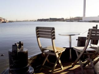 houseboat apartment Skippers Home - Amsterdam vacation rentals