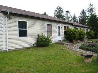 Nice House with Deck and Internet Access - East Haddam vacation rentals
