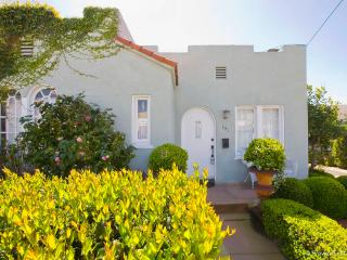 Vintage Beach Bungalow steps to the Beach - Pacific Beach vacation rentals
