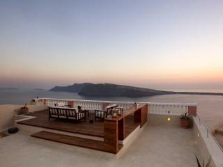 Oia Mansion- Luxury Villa in Oia-Santorini - Santorini vacation rentals