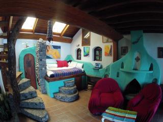 Spectacular, 2 Bed, Lake-Front Home Sta Cruz - Panajachel vacation rentals