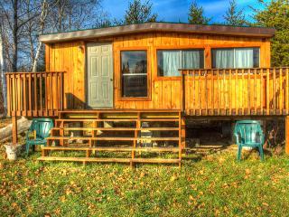 Northern Ontario - Rustic Cabin - Field vacation rentals