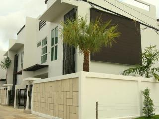 35B Luxury 3 br house, private sw. pool - Kamala vacation rentals