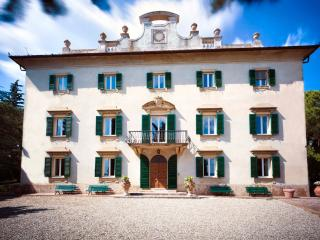 Chianti Villa near a Charming Village - Prima Casa - Poggiarello vacation rentals