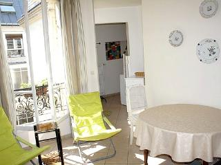 parisbeapartofit - Jean Baptiste Dumas (1241) - Paris vacation rentals