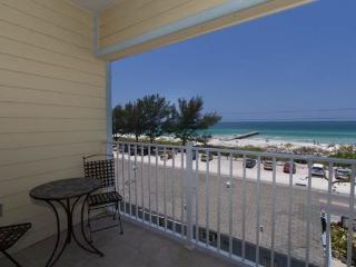 Sans Souci Up - Bradenton Beach vacation rentals