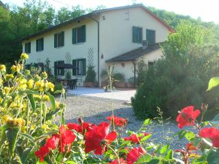 Romantic 1 bedroom Bed and Breakfast in Pistoia with Internet Access - Pistoia vacation rentals