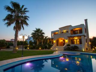 Villa Maria, Darmarochori - Chania vacation rentals