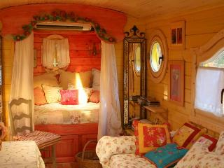 Romantic 1 bedroom House in Piolenc - Piolenc vacation rentals