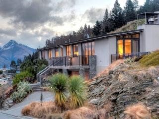 Oliver Views - Queenstown vacation rentals