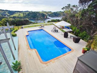 Gorgeous Bed and Breakfast with Deck and Internet Access - Tutukaka vacation rentals