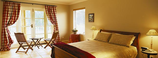 Erravilla Country Estate,Spa Suite Accommodation - Swansea vacation rentals