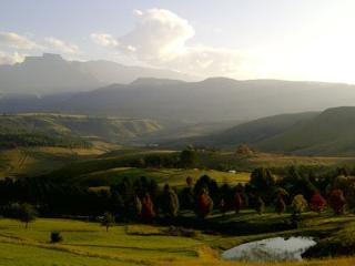 Beautiful Bed and Breakfast with Internet Access and Cleaning Service - uKhahlamba-Drakensberg Park vacation rentals