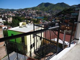 2 bedroom House with Internet Access in Guanajuato - Guanajuato vacation rentals