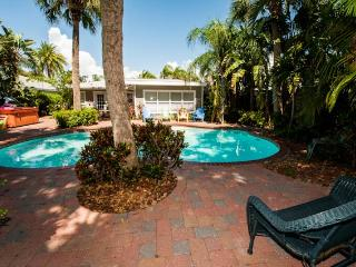 Clearwater Beach Cabana - 7 Bdrs - Private Pool - Clearwater vacation rentals