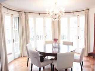 120 mts2   French Style apartment built in 1948  / - Santiago vacation rentals