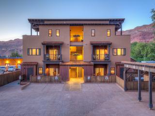 Lionsback @ 57 Robber's Roost, Downtown  Moab UT - Moab vacation rentals