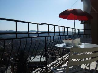 best views Veliko Tarnovo - 2-bedrooms, sleeps 6 - Veliko Turnovo vacation rentals