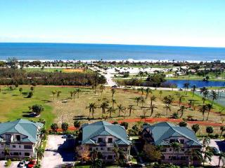 Jupiter Retreat  Walk to beach, shops 3 BR 2.5 Ba - Singer Island vacation rentals