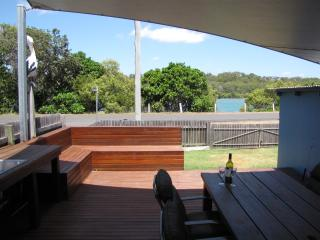 Perfect House with Deck and Dishwasher - Wooli vacation rentals