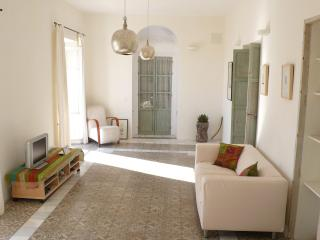 Elegant Apartment In Vejer Old Town - Vejer vacation rentals