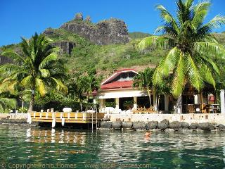 Nice 4 bedroom Moorea Villa with Internet Access - Moorea vacation rentals