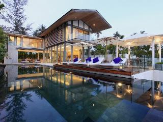 Perfect 4 bedroom Villa in Phuket with Internet Access - Phuket vacation rentals