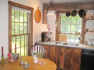 Romantic Designer Cottage on Riverdance Mill Estate - New Preston vacation rentals