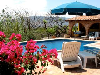 -   Deluxe Casita -wide vistas/ bedroom balcony - Jocotepec vacation rentals