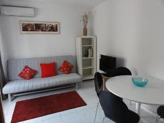 EXCLUSIVE SALAMANCA- SAFE, QUIET APT FOR 4 AWAITS! - Madrid vacation rentals