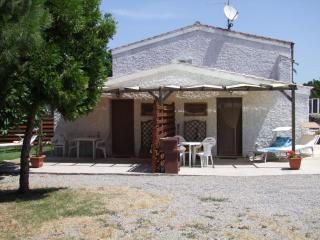 Studio Cottage FIG  WIFI  400m from sea own garden - Sassari vacation rentals