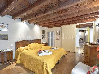 Carraia - Windows on Italy - Florence vacation rentals